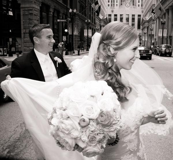 kelly-faetanini-wedding-600x555